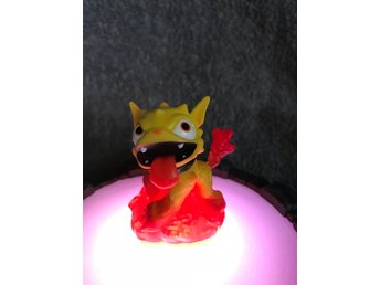 Molten Hot Dog - Skylanders Giants