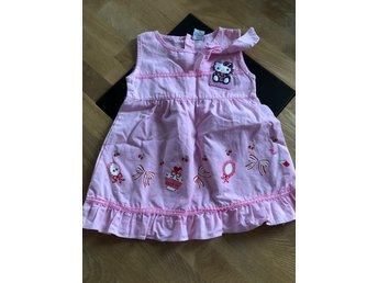 Hello Kitty klänning