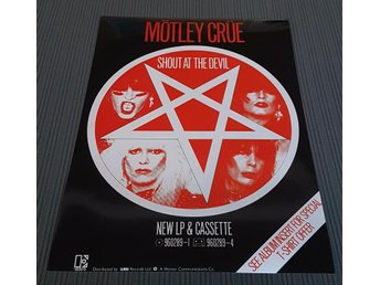 MÖTLEY CRUE SHOUT AT THE DEVIL 1983 PHOTO POSTER
