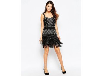French Connection - Diamond Fringe Dress Black S36 aldrig använd