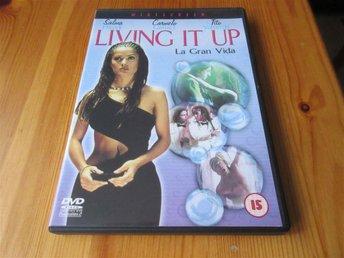 Living It Up (med Salma Hayek) - örebro - Living It Up (med Salma Hayek) - örebro
