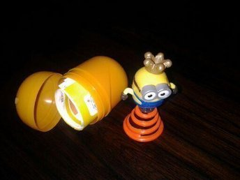 Kinder egg Minion Bob