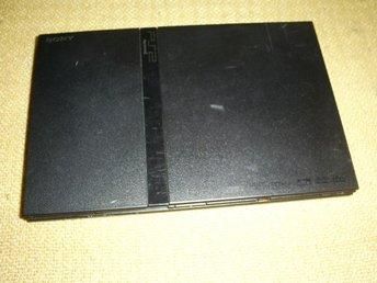 PLAYSTATION 2 SLIM KONSOLL ,,FUNGERAR BRA - Fällfors - PLAYSTATION 2 SLIM KONSOLL ,,FUNGERAR BRA - Fällfors