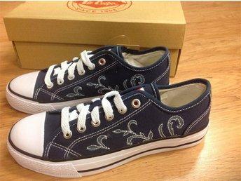 LEE COOPER sneakers skor i stl. 35,5. HELT NYA!!! - Valskog - LEE COOPER sneakers skor i stl. 35,5. HELT NYA!!! - Valskog