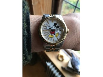 Invicta  Disney Musse Pigg  Limited edition 34 mm