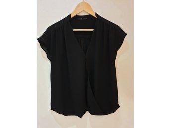 ᐈ Köp Skjortor   blusar för dam på Tradera • 21 654 annonser 6815c99d76599