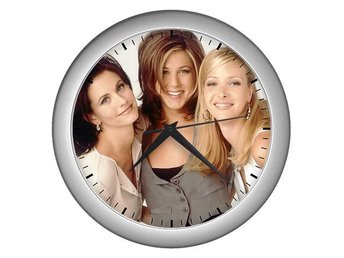 Friends Jennifer Aniston Courteney Cox Lisa Kudrow Väggklocka Silver