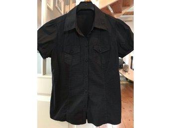 Rockabilly ᐈ Köp Skjortor   blusar för dam online på Tradera • 12 ... 3be075e828b2b