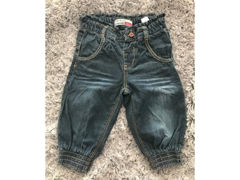 Tuffa jeans  strl 74, nyskick! name it
