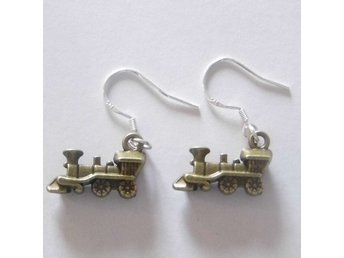 Tåg örhängen / Train earrings