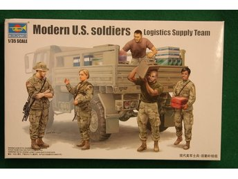 Trumpeter 1/35 Modern US soldiers, logistics supply team