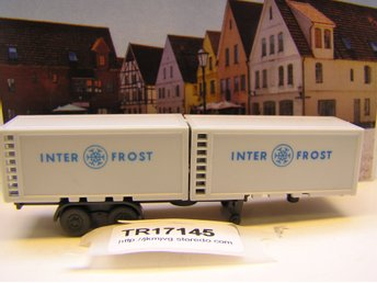 TR17145 1 st Wiking trailer med 2 thermocontainer, i fint skick Skala N/1:160