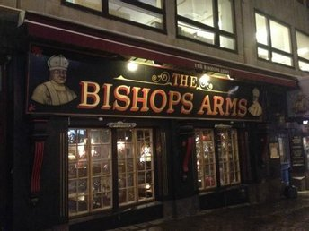 The Bishop's Arms Värde 150 kr