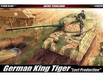 Academy 1/35 German King tiger 'Last Production'