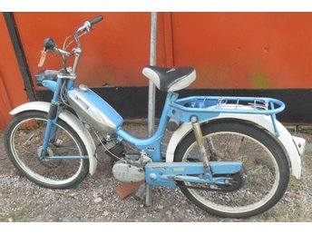 Crescent 1209 moped