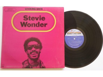 ** Stevie Wonder ?– Looking Back **