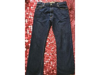 Blue Levi Boot Cut Jeans 517 for men size 40/34