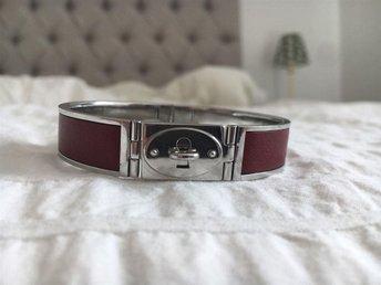 Fossil armband lås röd silver i rostfritt stål - Stockholm - Fossil armband lås röd silver i rostfritt stål - Stockholm