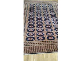 Handknuten pakistan matta Ca 270 x 185 cm - Malmö - Handknuten pakistan matta Ca 270 x 185 cm - Malmö