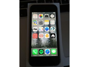 iPhone 5s Space Grey touch ID, inkl Laddare & OLÅST*
