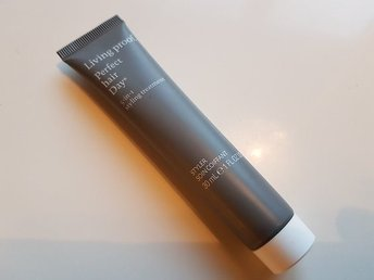 Living proof Perfect hair day 5-in-1 styling treatment liten
