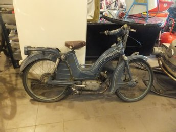 Vichy moped