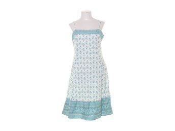 d6b33fbc8c68 Vero Moda Kläder ᐈ Köp Kläder online på Tradera • 1 910 annonser