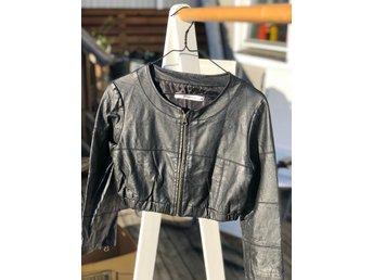 Skinnjacka från Gina tricot strl 34 (406490936) ᐈ Köp på