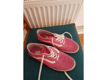 Vans old skool modell mocka  och canvas strl  41