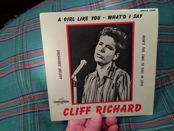 EP CLIFF RICHARD A girl like you/What'd I say/Unchained melody +1 FRI FRAKT