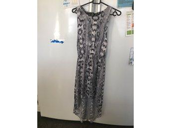REA 3för2! en klänning (384089073) ᐈ Köp på Tradera