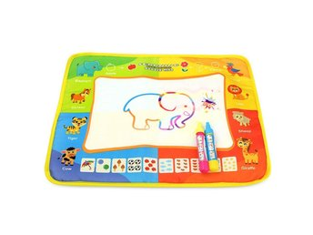 Baby Barn Magic Water Drawing Canvas Färg Mat Doodle Painting Board Toy Gift