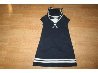 06f50ddcf24 Sjömansklänning från H&M 134/140 (347171568) ᐈ Köp på Tradera