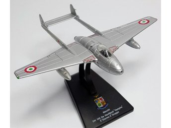 Leo Models AMI Series De Havilland Vampire - 1/100 scale