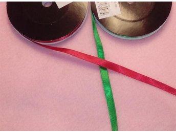 9 meter grönt och 9 meter rött dubbelsidigt satinband bredd 6 mm - Strömsnäsbruk - 9 meter grönt och 9 meter rött dubbelsidigt satinband bredd 6 mm - Strömsnäsbruk