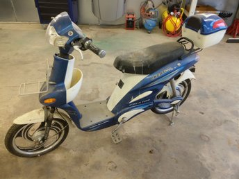 El - moped / Scooter