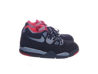 sale retailer 1c532 f1077 Nike Air, Sneakers, Strl  46, FLIGHT, Svart Röd Grå