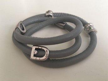 Armband samt berlocker från Scrouples Wish - Danderyd - Armband samt berlocker från Scrouples Wish - Danderyd