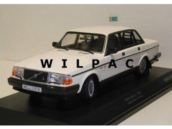 Minichamps STOR och FIN 1:18 Volvo 240 GL1986 i vit 1 av endast 504 st. - Zundert (nl) - Minichamps STOR och FIN 1:18 Volvo 240 GL1986 i vit 1 av endast 504 st. - Zundert (nl)