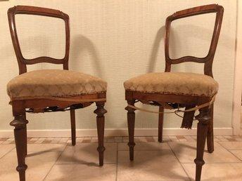 Stolar från 1800 talets slut - Västra Frölunda - Två antika stolar från 1800 talets slut som behöver rustas upp. - Västra Frölunda