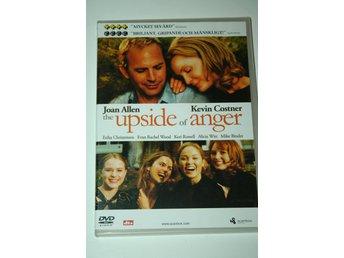 the Upside of Anger(DVD) - Stenhamra - the Upside of Anger(DVD)Drama från 2005 av Mike Binder med Joan Allen och Kevin Costner.När den äkta maken plötsligt lämnar henne utan så mycket som ett ?hej då? förvandlas Terrys (Allen) liv från idylliskt förortsgulligt till ett bi - Stenhamra