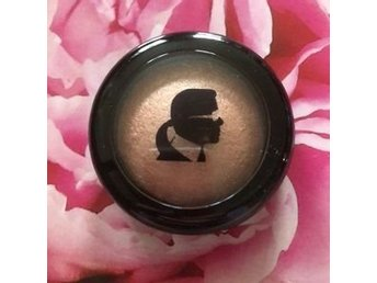 NY! Karl Lagerfeld + ModelCo Highlighter Rose Beige Limited Edition 60% Off