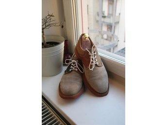 Mark Mcnairy x Sanders Buck Shoe Derby Storlek 8.5 UK Mocka - Stockholm - Mark Mcnairy x Sanders Buck Shoe Derby Storlek 8.5 UK Mocka - Stockholm