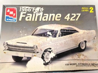 AMT -66 Ford Fairlane 427