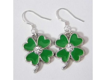 Tur 4 löv klöver örhängen / Lucky 4 leaf clover earrings