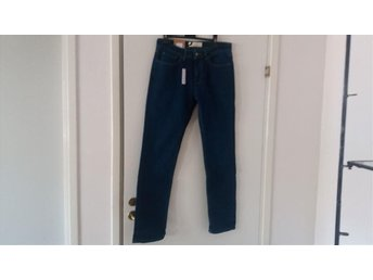 SVARTA JEANS M LITE STRETCH STL 29/30 SLIM FIT