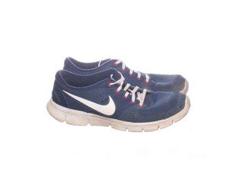 brand new 4cb71 72183 Nike, Träningsskor, Strl  42, FLEX EXPERIENCE RN, Mörkblå Vit