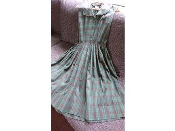 Vintageklänning strl 40 - åkers Styckebruk - Vintageklänning strl 40 - åkers Styckebruk