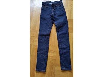 Snygga mörka jeans - Lindesberg - Snygga mörka jeans - Lindesberg