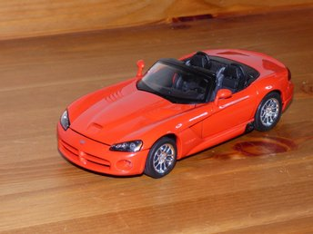 Dodge Viper SRT-10 Welly 1/24